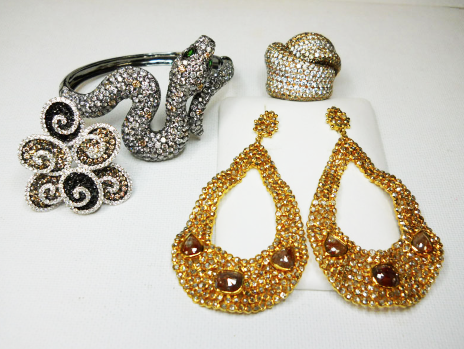 Marysol Patton selected this gorgeous snake cuff bracelet, rings and earrings set with champagne, cognac & black diamonds to wear to the Hope & Stars Gala.